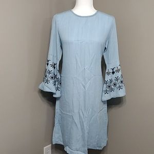 Chambray Blue Embroidered Bell Sleeve Dress M